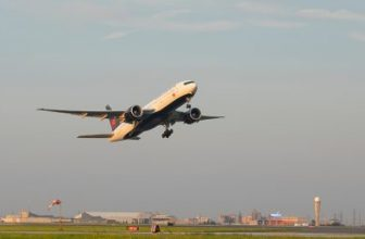 BC CDC identifies 20 more flights with COVID-19 exposures