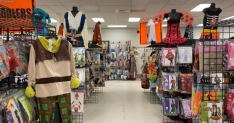 Halloween store owners optimistic about sales amid pandemic, CDC guidelines